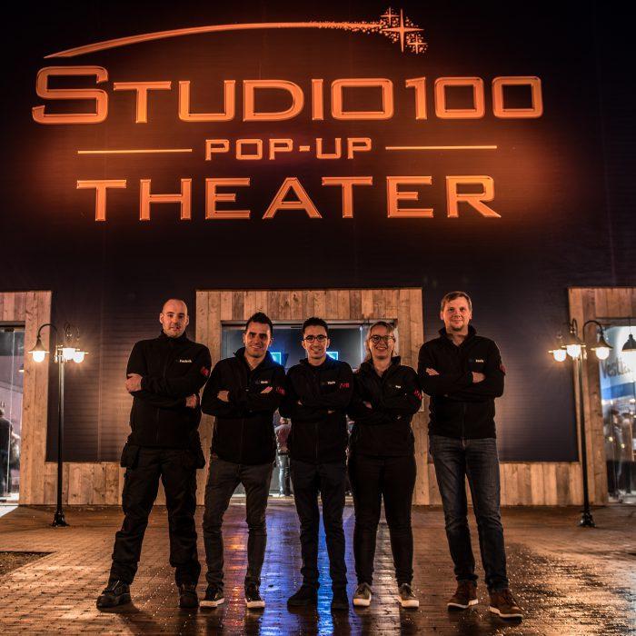 Groepsfoto Studio100 front